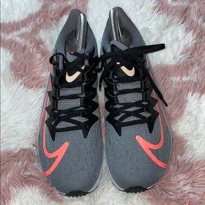 NWOT Nike Women's Zoom Rival Fly Running Shoe